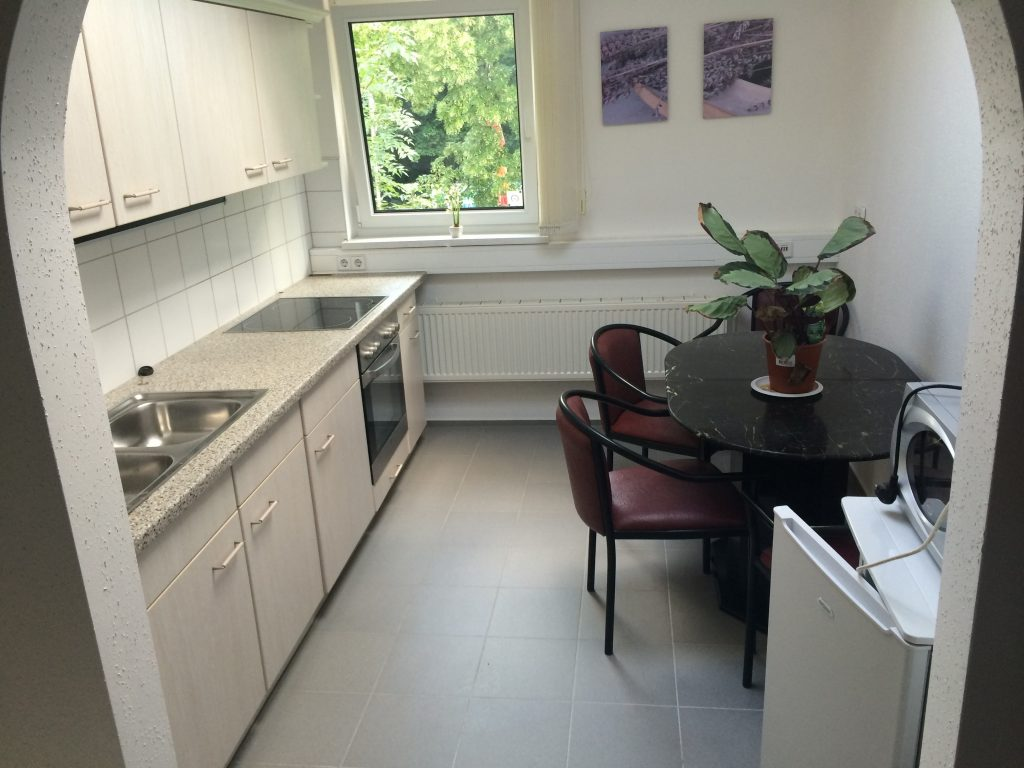 Beispiel Küche möbliertes Apartment der Zimmervermietung Teltow